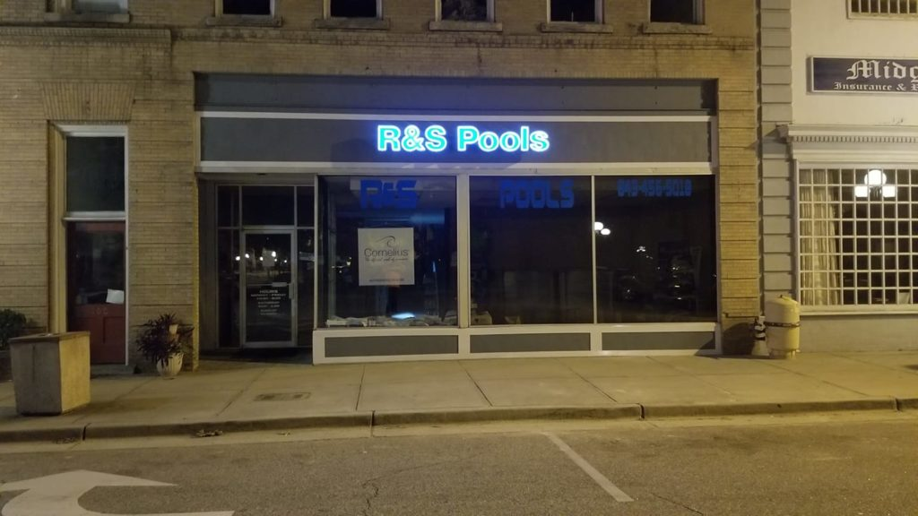 r&s pools storefront